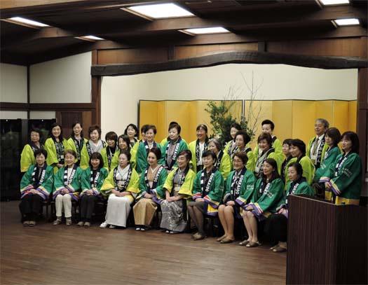 北海道のホテル・旅館の女将さんたちと静岡の女将さんたち